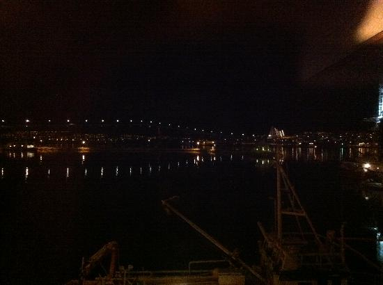 Clarion Collection Hotel With: nighttime on the harbour