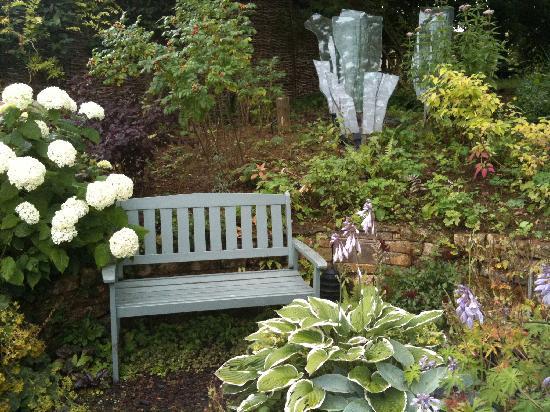 Cotswolds, UK: Mill Dene Garden