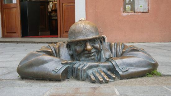 Bratislava, Slovacchia: Cumil - Man at Work