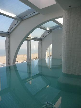 Area relax centro benessere foto di i suite design hotel for Design boutique hotel rimini