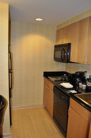 Homewood Suites by Hilton Newtown - Langhorne, PA: Cocina