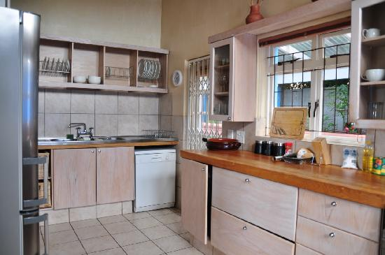 39 Lighthouse Road kitchen