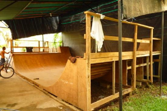 Cabinas Iguana : iguana's mini ramp