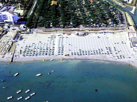 Savignano a Mare, Italien: Directly by the sea of the Adriatic Riviera - Direttamente sul mare
