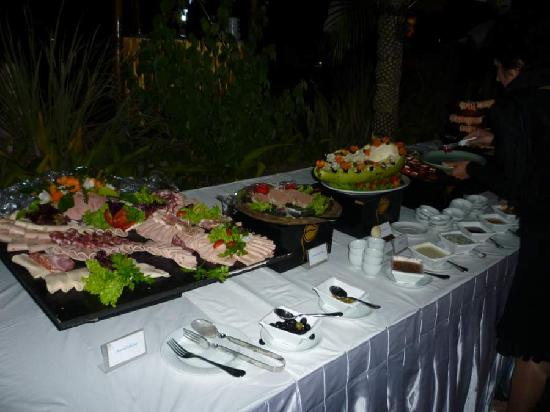 Aureum Palace Spa & Resort : New Year buffet 3