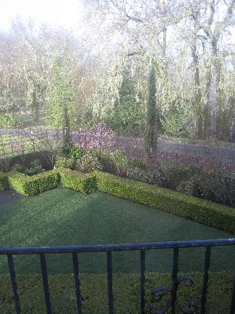 Chateau de Vie: Lovely view from the window