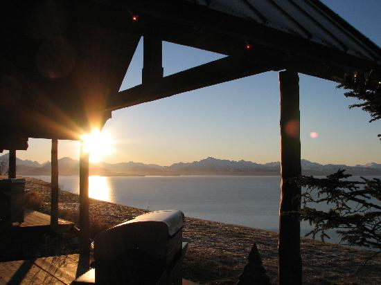 Alaskan Suites : Wake up to this view!