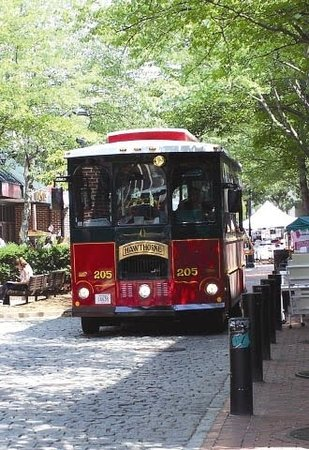 ‪Salem Trolley‬