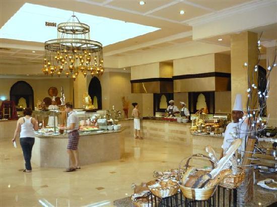 Miramar Al Aqah Beach Resort: Resturant