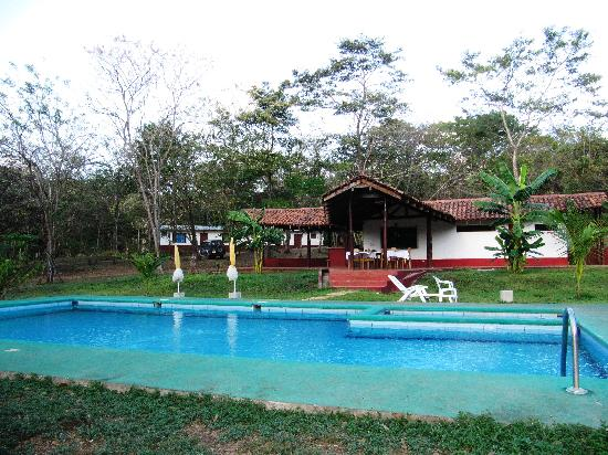 Finca Buena Fuente Residence Hotel: ginnastica in piscina