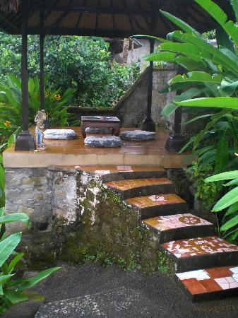 Sagitarius Inn: meditation/reading platform in lower garden
