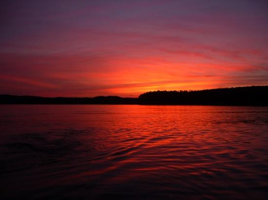 Bull Shoals Lake Boat Dock: sunset from the back of are houseboat