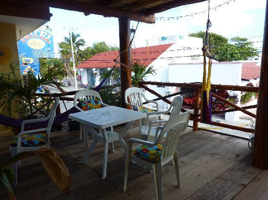 Hotel Las Palmas: Los Palmas shade deck