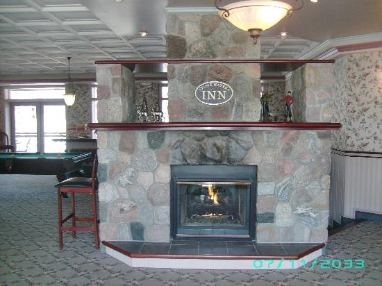 Stone Waters Inn: As you enter the lobby.....