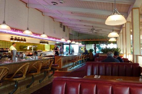 Adel's Restaurant: Adels