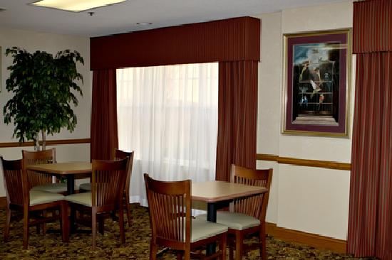 Country Inn & Suites By Carlson, Corbin : Breakfast Room
