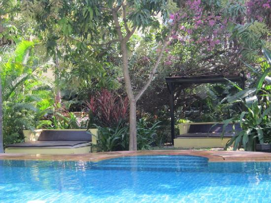 Pavillon d'Orient Boutique-Hotel: pool