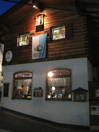 Reit im Winkl, Deutschland: Restaurant Gast Stuberl