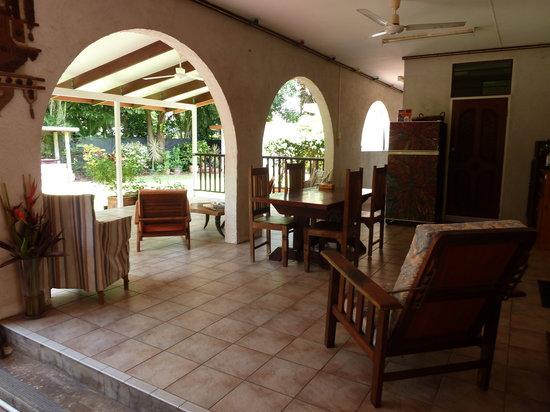 Darwin City Bed and Breakfast: the veranda