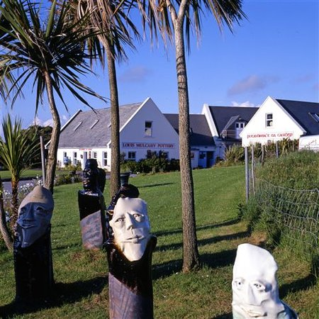 Ballyferriter, Irland: Louis Mulcahy Pottery on the Slea Head Drive