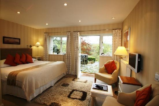 Pen-y-Dyffryn Country Hotel: Coach House bedroom