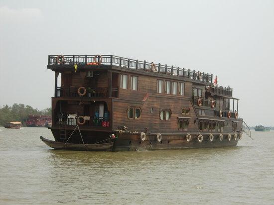 Mekong Eyes Cruise - Mekong One Day Tour : Mekong Eyes boat