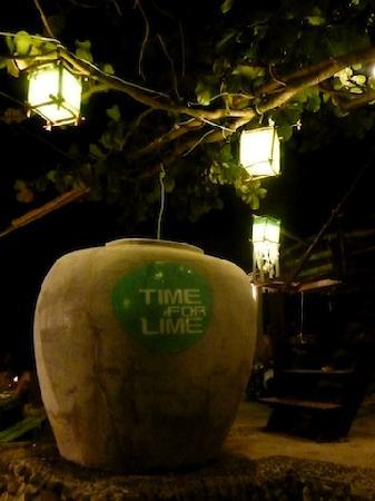 Time For Lime Bungalows: Evening- cocktails!