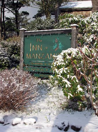 The Inn at Manzanita: Signage