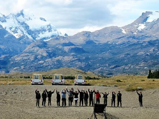 Estancia Cristina Lodge: The entire staff bids us farewell...
