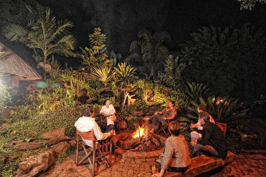Amanzi Lodge: Fire pit