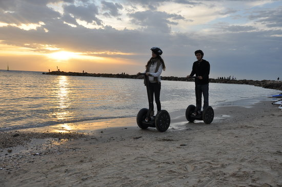 تل أبيب, إسرائيل: Segs on the Beach