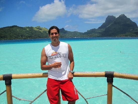 Bora Bora Pearl Beach Resort & Spa: Terraza en el Premium Overwater Bungalow