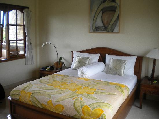Sawah Sunrise Bed & Breakfast: Room at Sawah