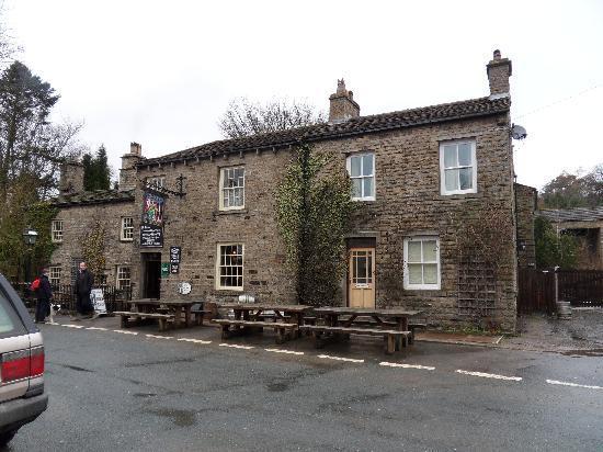 Green Dragon Inn: Pub and Berthas Cottage