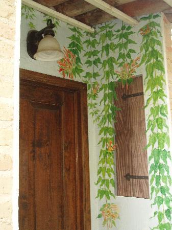 Los Artistas B & B: The Studio-door painting