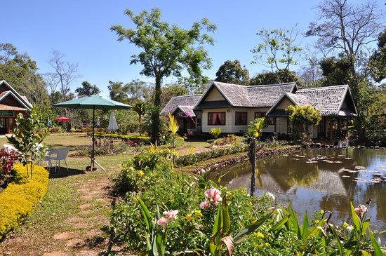 Sinouk Coffee Resort : vue sur le lodge