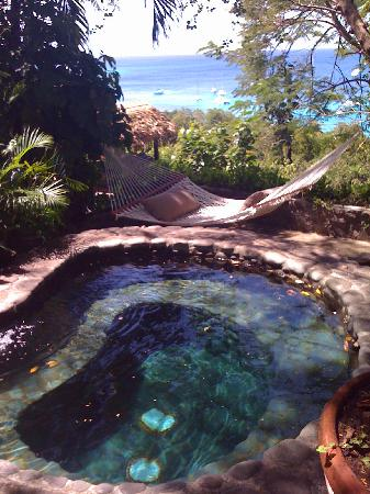 Mustique: Hot tub