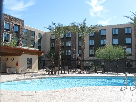 Homewood Suites by Hilton Phoenix Chandler Fashion Center: Pool