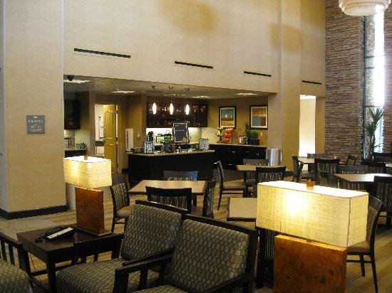Homewood Suites by Hilton Phoenix Chandler Fashion Center: Breakfast Area