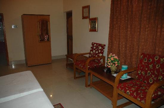 Hotel Gupta Inn: room