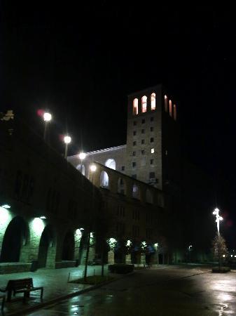 Hotel Abat Cisneros - Monastery