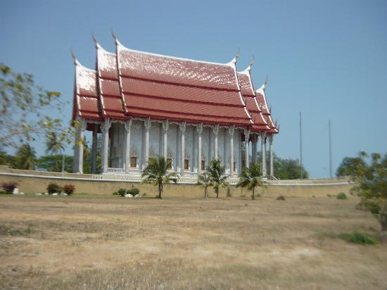 Cha-am, Thailandia: Boat temple