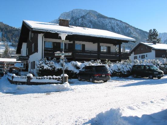Hotel Sonnenheim: Hotel in Winter