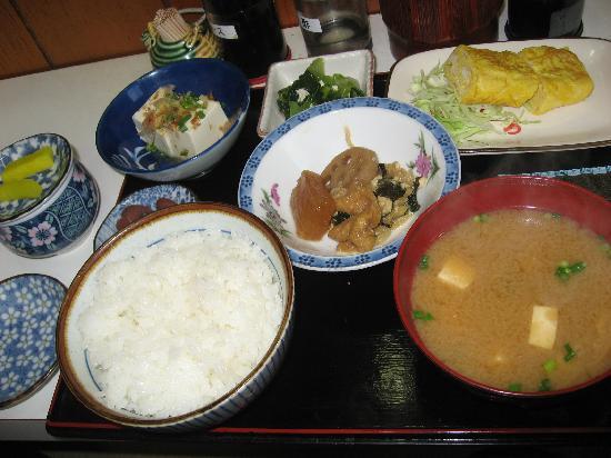 Hotel Area One Takamatsu : 寮みたいなホッとする朝食