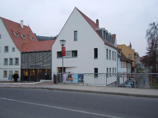 Tandem Hotel: Hotel Tandem..mit Cafe ..im Sommer zum draußen sitzen..wunderbar..