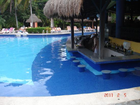 foto de clubhotel riu tequila playa del carmen bar. Black Bedroom Furniture Sets. Home Design Ideas