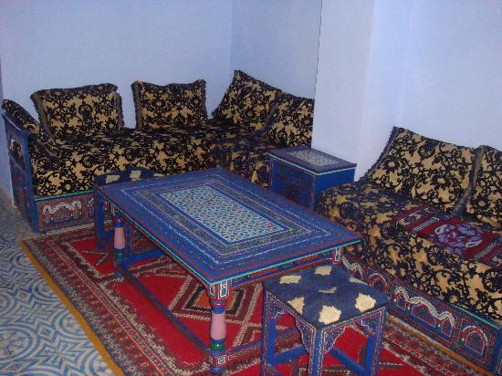 Hotel alkalaa chefchaouen maroc voir les tarifs et for Salon zen rabat tarifs