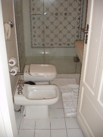 Belmond Copacabana Palace : Bathroom entrance