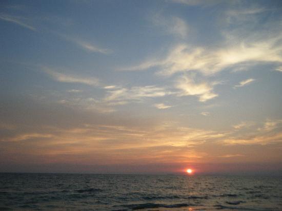 Moonwalk Lanta Resort : s´good sunset