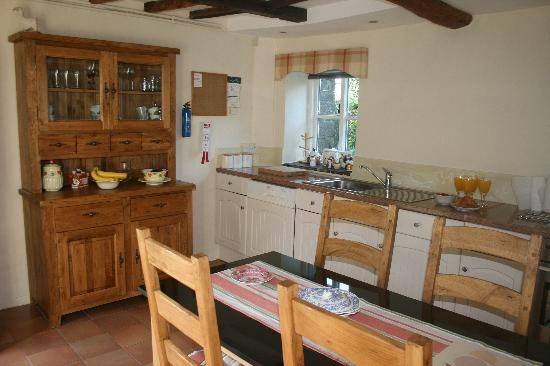 Norbury, UK: Walkmill House Kitchen